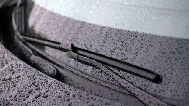 雨刮器另外的三个功能,用处不仅用座清洁玻璃,还能判断位置