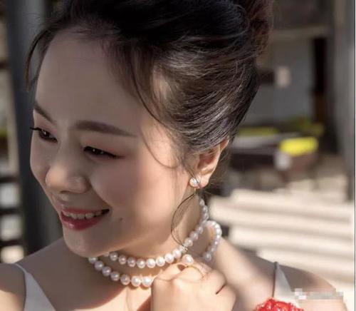 漂亮女人胜在气质:懂得v气质珍珠的情趣,是真葛路酒店东爱巢女人图片