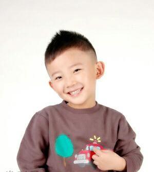 可爱帅气的男宝宝贝你家圣母适合哪款发型洛玛咖灰头发颜色图片