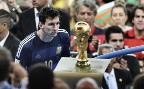 世界杯决赛中的经典时刻,你还记得吗?_【快资讯】
