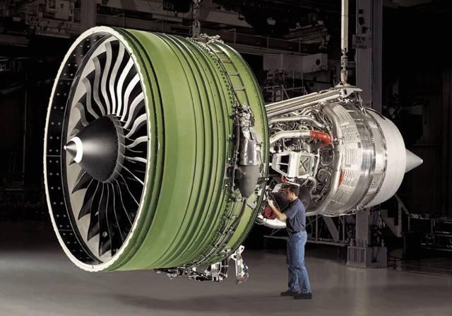 genx发动机是由ge公司研制生产的高涵道比双转子轴流式涡扇发动机,最图片