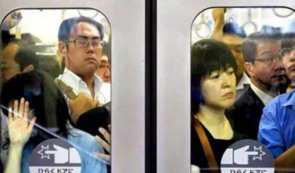 """为何在日本坐地铁是女生的""""噩梦""""?看完之后,或许都不敢去日本"""