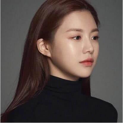 亚洲100最美面孔_南韩美女走红,被赞\