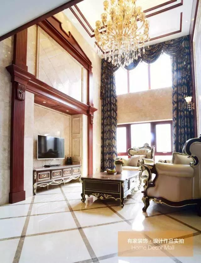 樱桃木实木索色,美式仿古砖,欧式花纹墙纸,拼花马赛克等现代的装饰图片