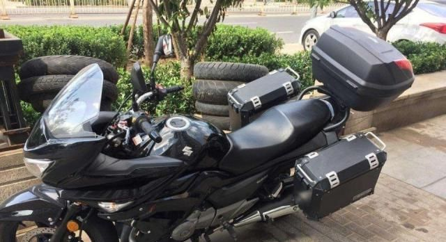 摩托车载人跑长途,车座低,重量轻,速度不快,质量靠谱的有哪些