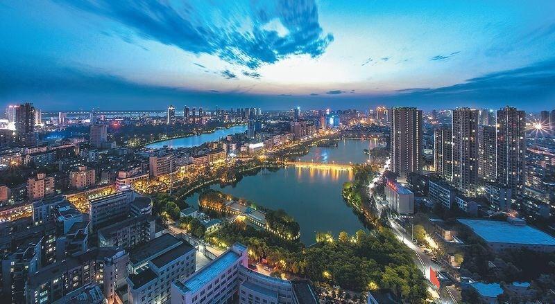 湖北第三大城市,人口415万,gdp比2个荆州还多!