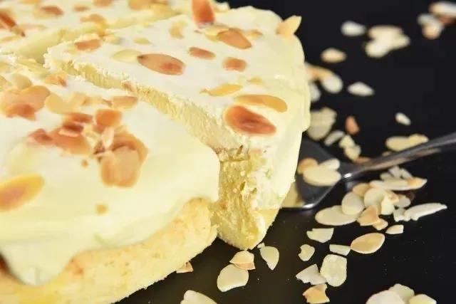 烘焙配方,海盐奶盖爆浆蛋糕