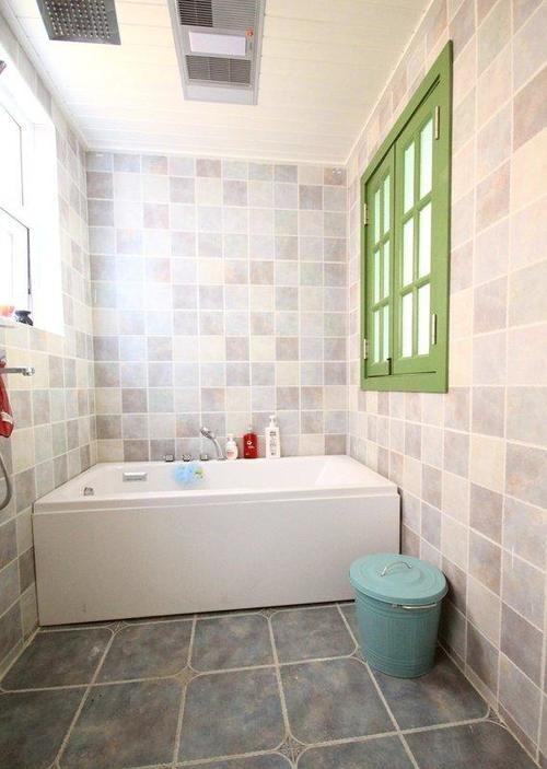 85平米的房子装修只花了10万,欧美风情风格让人眼前一