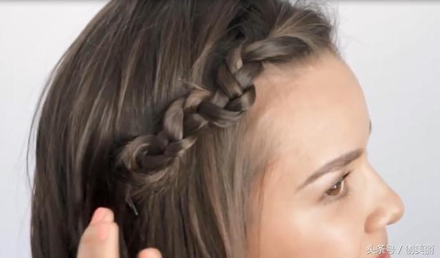 适合短发的2款编发,简单又大气,符合你的高颜值气质