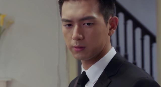 韩商言为什么喜欢佟年?听到他对佟家爸妈的解释,网友:真能忽悠