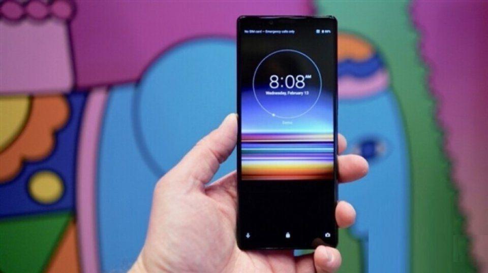 5K屏幕手机曝光:索尼大法出真招,899 PPI可以无视一切!