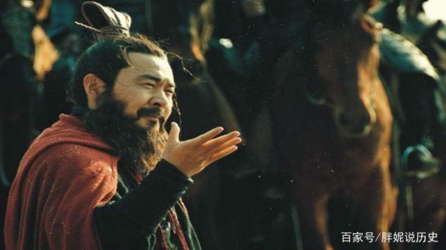 刘备看似仁义,却做了一件最缺德的事,比曹操盗墓还缺德!