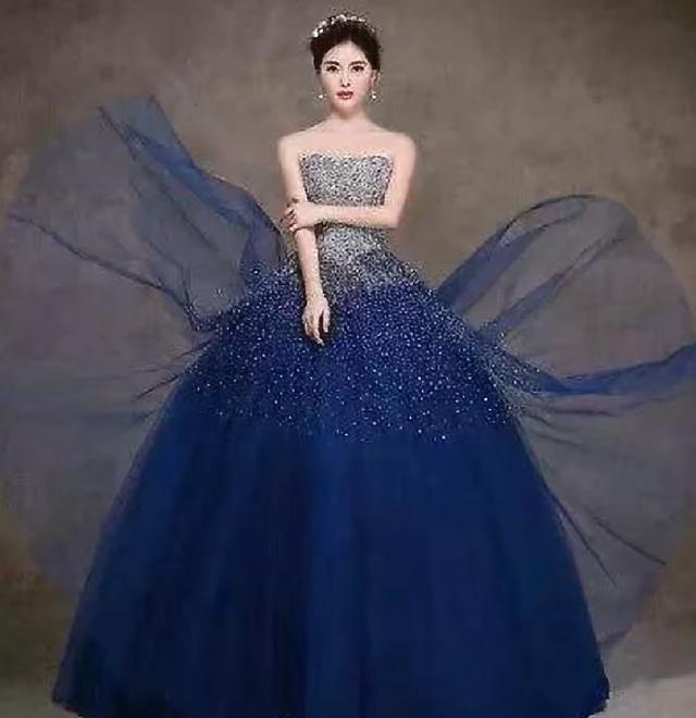 婚纱图片蓝色_蓝色婚纱头像