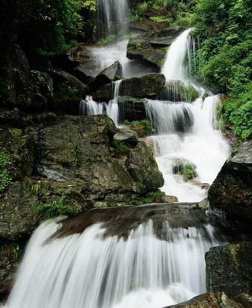 九天生态旅游景区是江西水质最好,水量最充足,植物最完好的自然生态旅