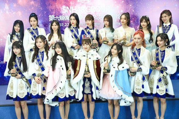 """SNH48鞠婧祎 李艺彤都坐过的""""位置"""" 下一个会是谁?"""