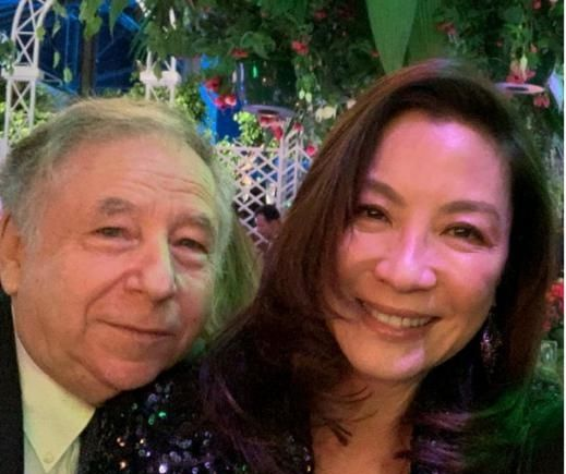 同为武打巨星,杨紫琼嫁豪车公司总裁,59岁惠英红却自嘲嫁不出去