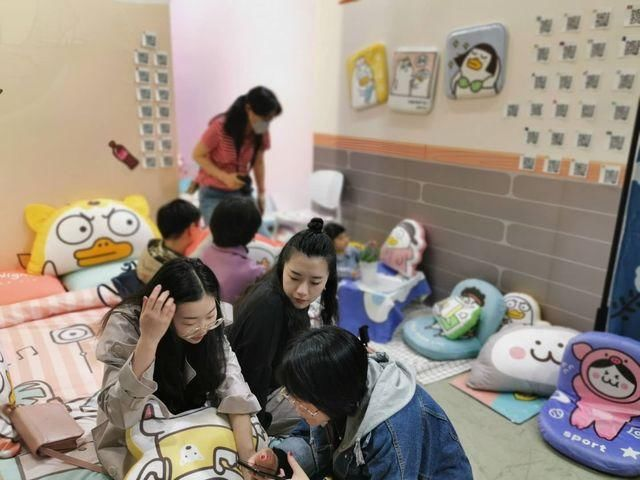 一天涌进11万人!杭州这个表情太火了!萌没有的都地方为什么眉毛包图片