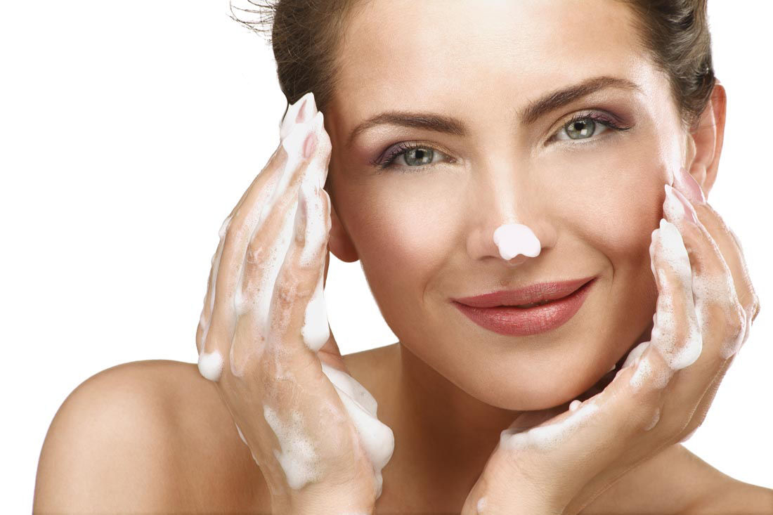 面部护理手法和步骤