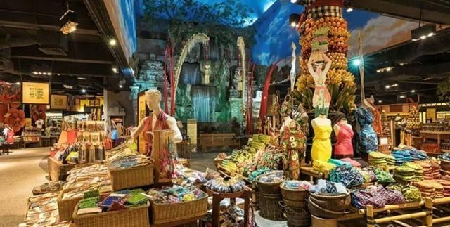 巴厘岛dfs免税店是全岛最大的免税店,更是市区唯一一家可以出售免税