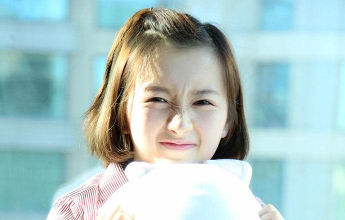 李浩菲父母是谁 学霸真实背景大到让谢娜害怕 李浩菲是哪个大学的