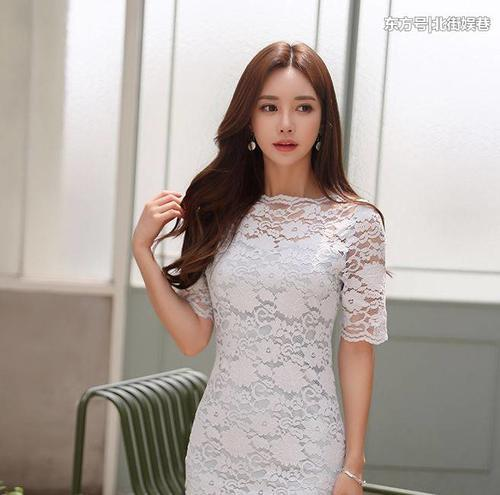 优雅时尚网|气质优雅的美女,尽显青春秀气的魅力,靓丽好看很养眼!