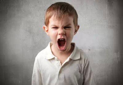 家长如何更有效的与孩子沟通,避免孩子 唱反调