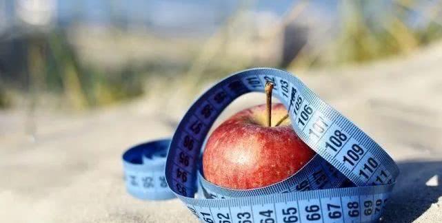 小蛮腰有多重要?体重正常但腰粗,死亡风险也和最胖人群相当