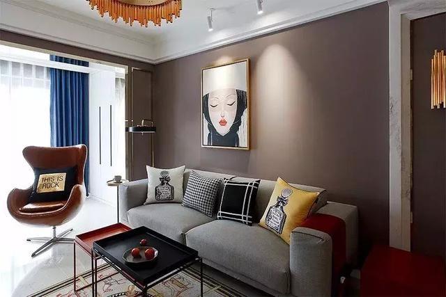 面积:100平米 户型:两室两厅 风格:现代简约 设计说明:这套100平米两居室,因为实用面积也不大,所以装修上采用了简约而不简单的现代简约风格。在追求功能实用的同时,也讲究着美观与空间的最大化利用。 客 厅  客厅选用了比较有情调的奶咖色作为主色调,与灰色的沙发和白色的地砖搭配在一起,还有点小高贵的感觉。
