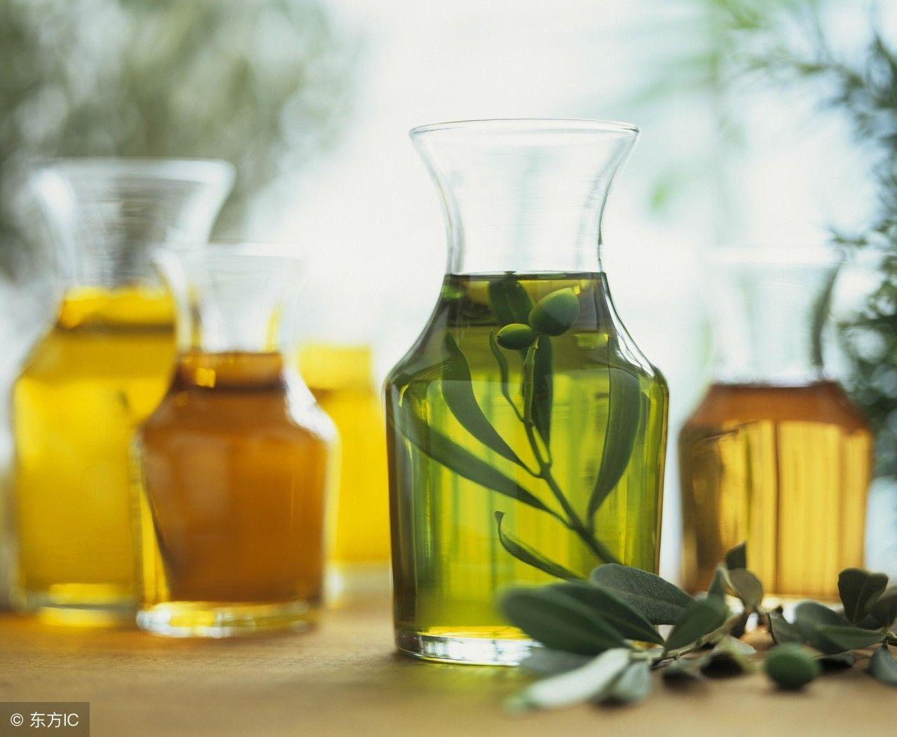 南方人偏爱动物油,而我们北方人却喜欢植物油,如果把这两种油从口感
