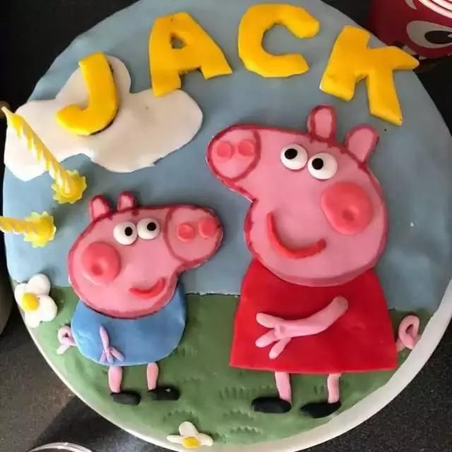 全套佩奇系列蛋糕创意图集|小猪佩奇身上纹 掌声送给社会人