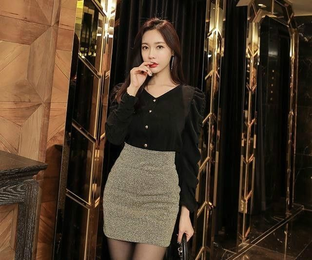 时尚街拍:黑色优雅清新的美女裙搭配半身丝袜西安的v时尚病毒性最近图片