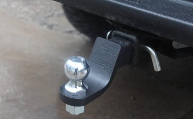车上如果有这个东西,买了保险可能也拿不到赔偿,别等后悔才明白