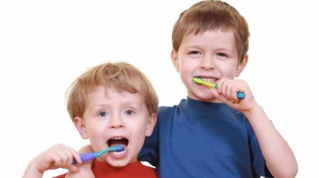几岁准备刷牙?没长牙的时候就可以开始了