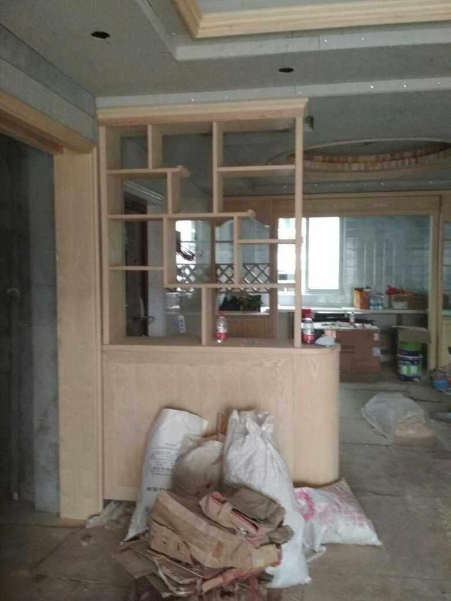木工做的欧式酒柜