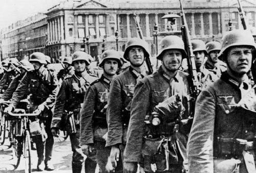 二战时日本为什么敢打美国?看看美国战前的实
