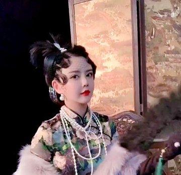韩安冉和老公合体玩军阀变装,全程无互动,最后韩安冉表情亮了!