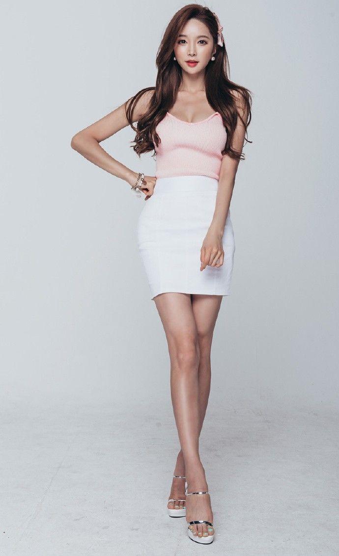 人像摄影:韩国模特装束裙秀凹凸有致身材