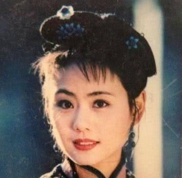 继《还珠格格》之后,小燕子赵薇与柳红陈莹再同框,满满的回忆杀