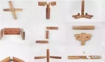 """""""攒斗""""是行业术语,利用榫卯结构,将许多小木料拼成各种几何形纹样,可"""