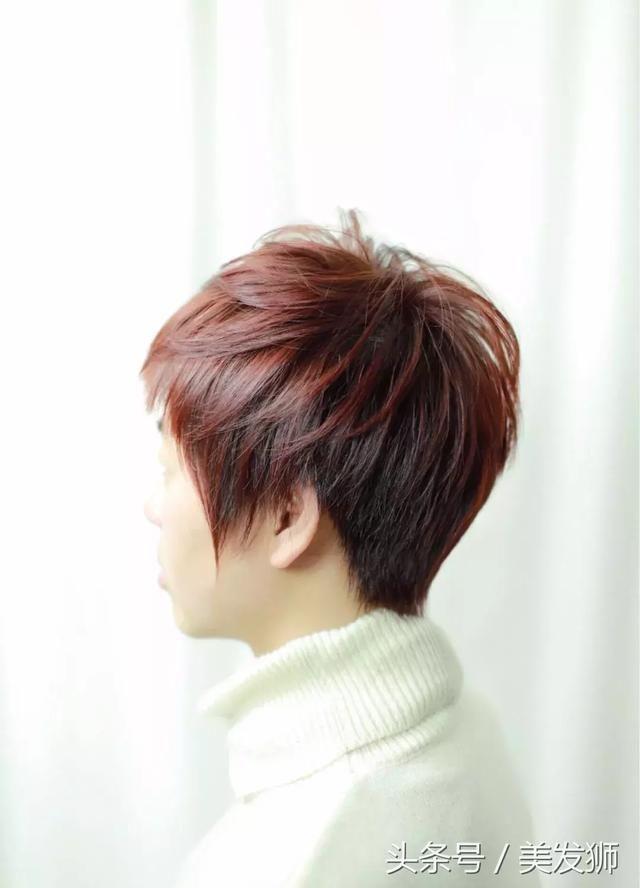 """2018年最新女生""""纹理烫"""", 绝对流行烫发发型图片"""
