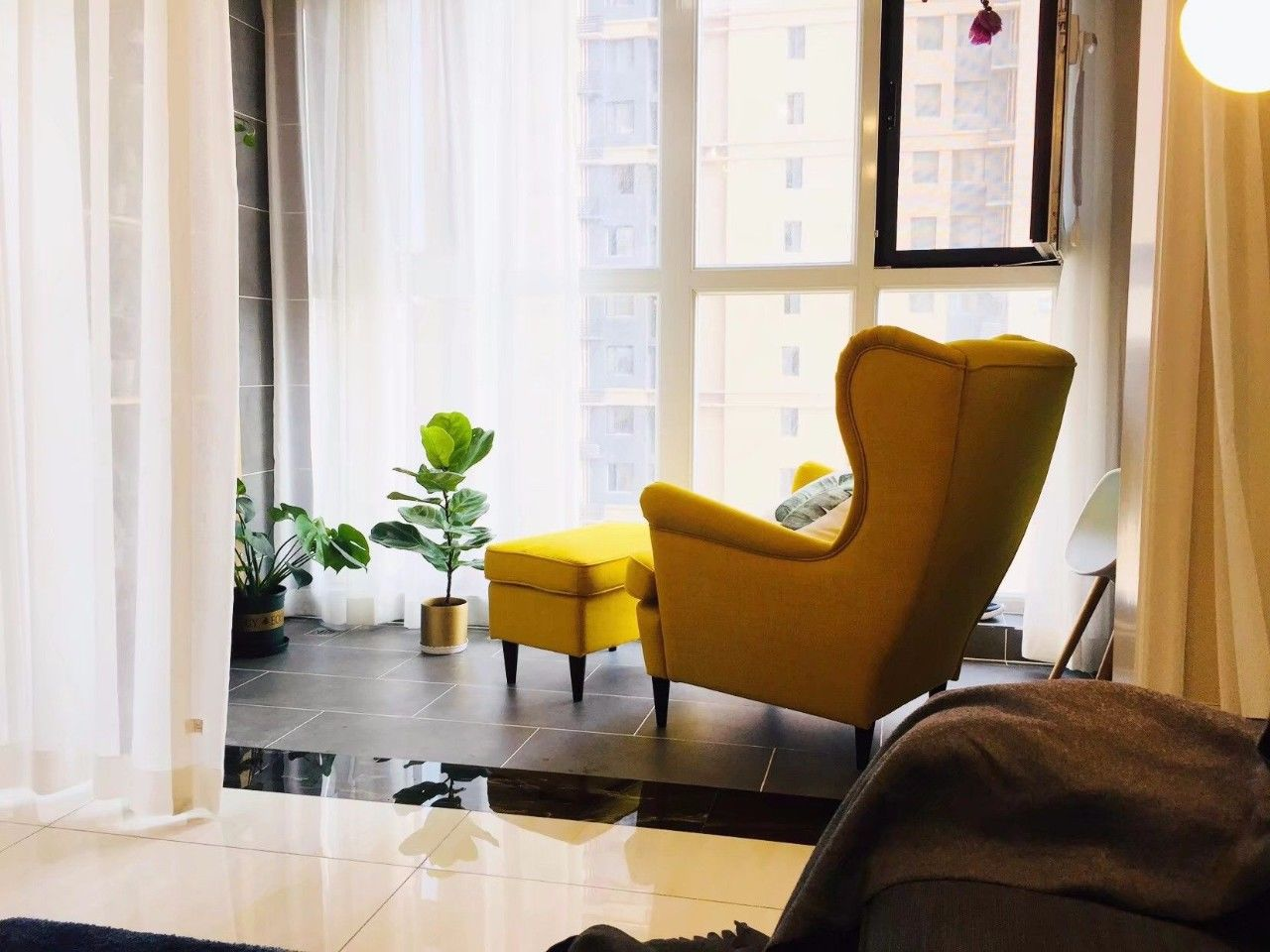 v情趣情趣,这样布置照片,舒适有阳台!连体装椅子情趣内衣图片