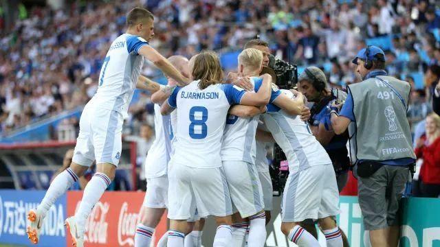人文世界杯 | 为何冰岛队赢了球又赢了人?