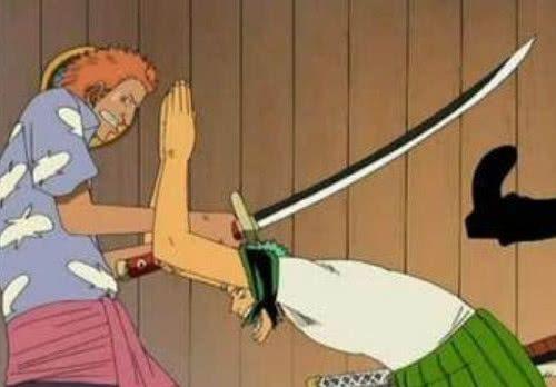 海贼王:惨遭打脸的4个瞬间,黑胡子上榜,最后一位被按到地上!
