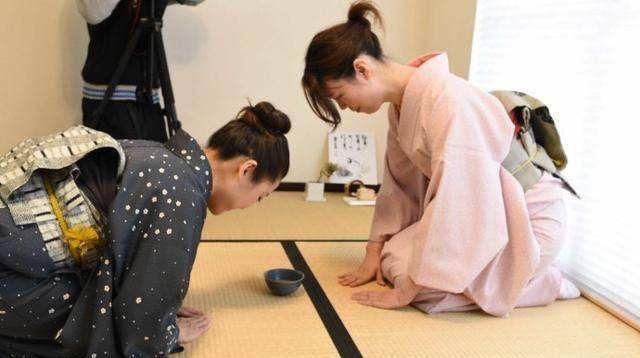 """去日本旅游,一定要注意这3个行为,不然很容易遭""""白眼""""!"""