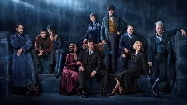 《神奇动物在哪里2》流出新剧照,《哈利波特》主角团重聚巴黎