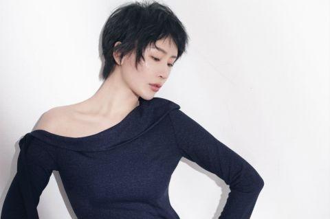 楊舒婷的最新寫真照欣賞,完美詮釋出短發女人的魅力!