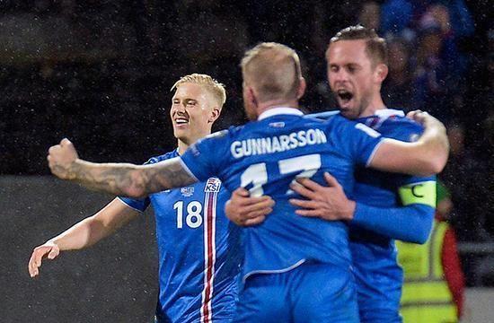 在欧洲区预选赛中,冰岛力压克罗地亚,土耳其和乌克兰等强队,以小组第