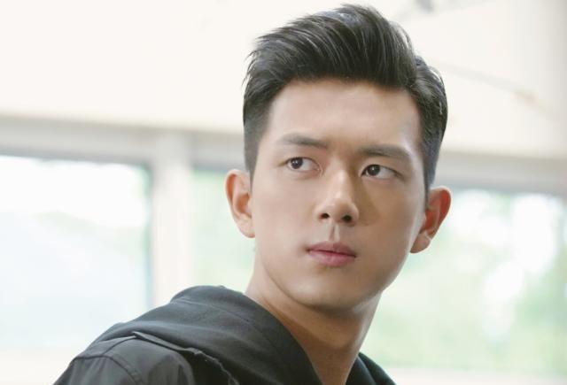 韩商言后李现又来新电影,搭档男主还是《偶练》学员,追定了