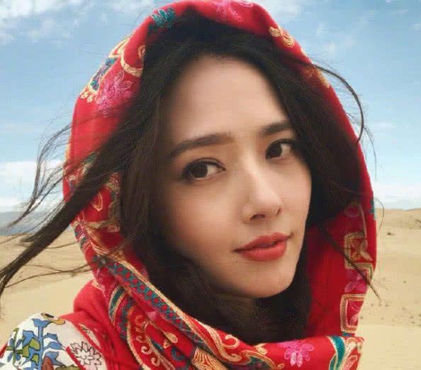 有一种惊艳叫郭碧婷齐刘海,原以为不好看,网友:国民初恋