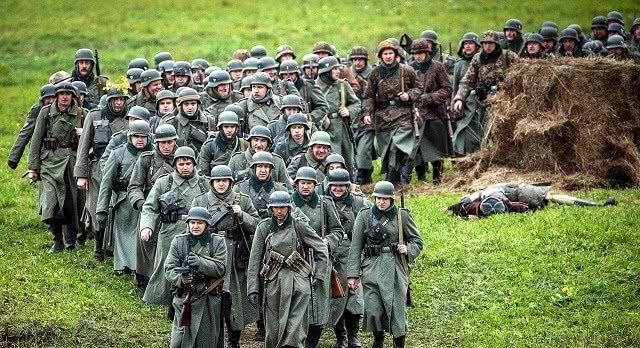 30架直升机被隐藏机枪击落200名士兵阵亡民众:立即停战